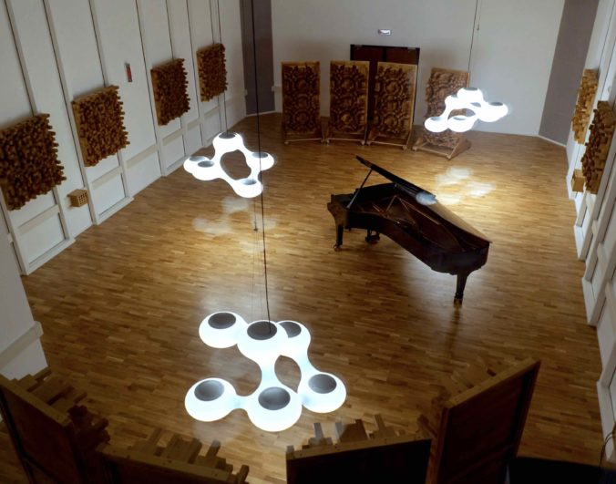 """Studio """"The Spheres"""", Pescara-Montesilvano (Italy), outfitted with Acoustic Cloth 2.0 by Akustikstoff.com"""