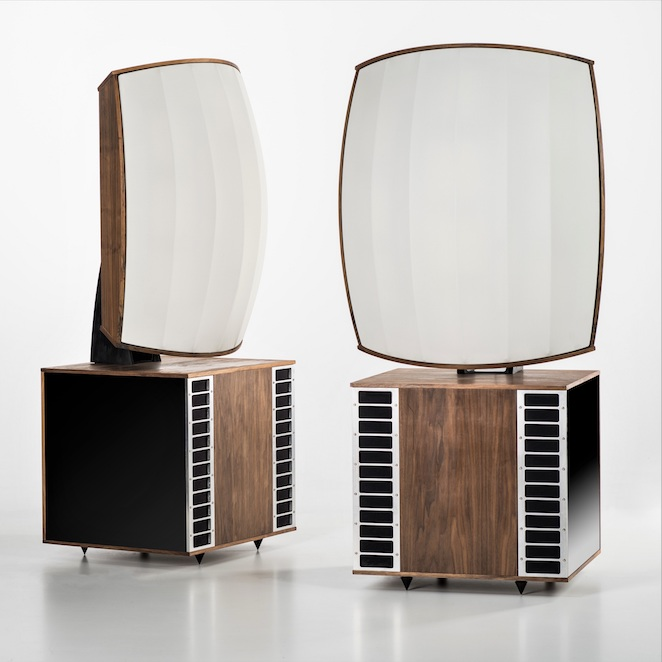 MC Audiotech speaker eqipped with Akustikstoff.com speaker fabric